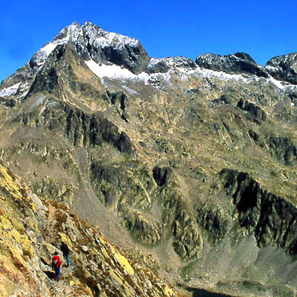Le Gélas | Ascension de la cime du Gélas | 3143m | Course en montagne