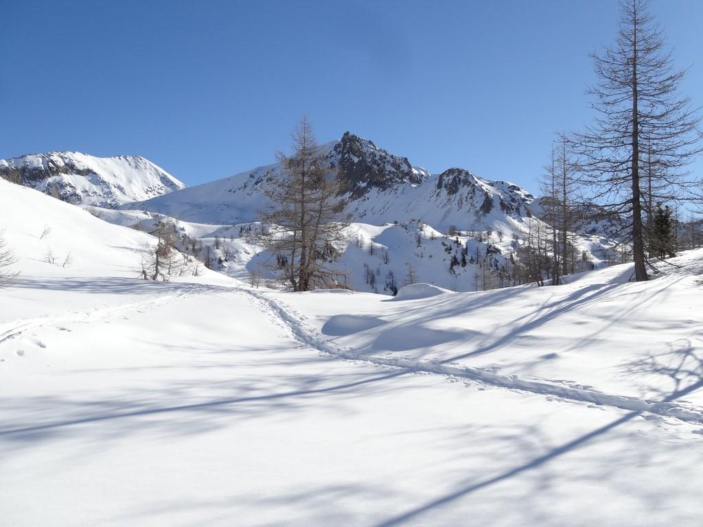 Raquettes à neige à la tête sud des Bresses
